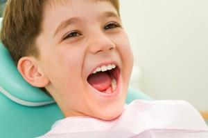 Как подготовить ребенка к первому визиту к стоматологу?