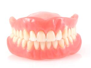 Нейлоновое протезирование зубов