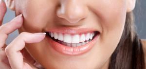 Почему важна профессиональная чистка зубов?